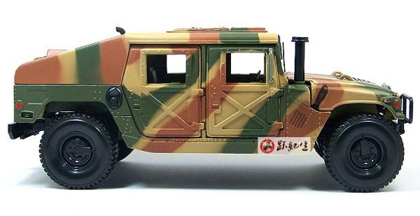 โมเดลรถ โมเดลรถเหล็ก โมเดลรถยนต์ Hummer military 3