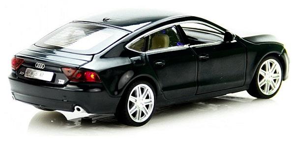 โมเดลรถเหล็ก โมเดลรถยนต์ Audi A7 5
