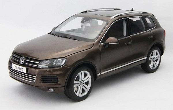 โมเดลรถ โมเดลรถเหล็ก โมเดลรถยนต์ Volkswagen Touareg 2010 brown 1