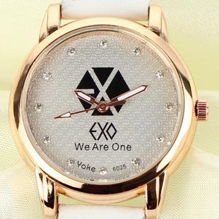 พร้อมส่ง นาฬิกา EXO white
