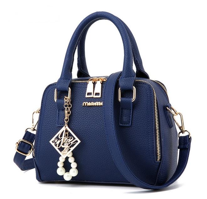 [ Pre-Order ] - กระเป๋าแฟชั่น ถือ/สะพาย สีน้ำเงิน ทรงสี่เหลี่ยมตั้งได้ ขนาดกระทัดรัด ดีไซน์สวยเรียบหรู ดูดี งานหนังคุณภาพ คุ้มค่าการใข้งาน