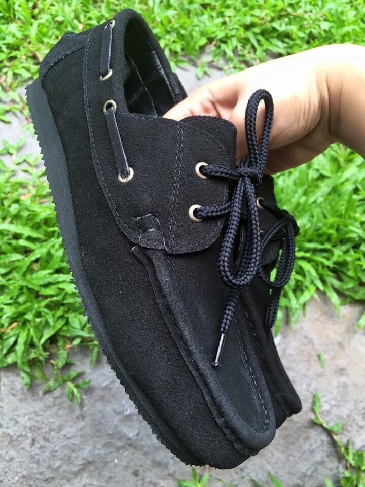 รองเท้าหนังกลับแท้ รุ่นโบทชู สีดำ