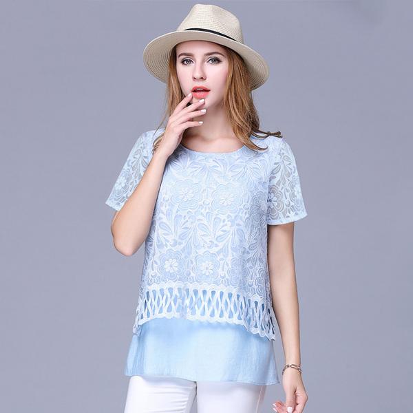 ++พร้อมส่ง++ เสื้อชีฟองลูกไม้ปักฉลุ สีฟ้า แต่งเชิงชายเสื้อสวย (5XL)
