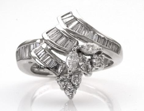 รหัส IKRPT0115-09 แหวนเพชร แหวนเพชร เพชรน.นรวม 95 ตัง ราคาผ่อนเดือนละ 3,450 บาท ระยะเวลา 10 เดือน มีวงเดียวเท่านั้น!!! โทร.0948626521/Line : @passiongems (อย่าลืมใส่ @หน้าpassiongems นะคะ) สำเนา
