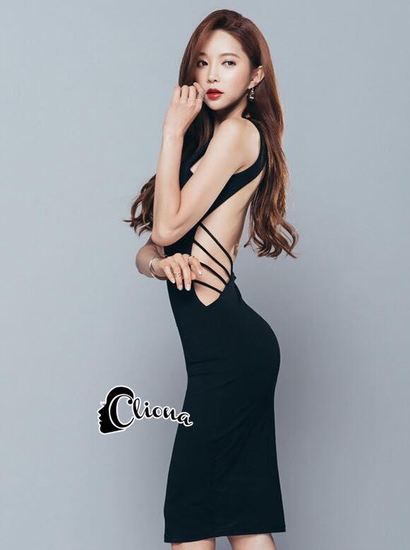 ชุดเดรสเกาหลี พร้อมส่งBlack Back Show Off Sexy Dress