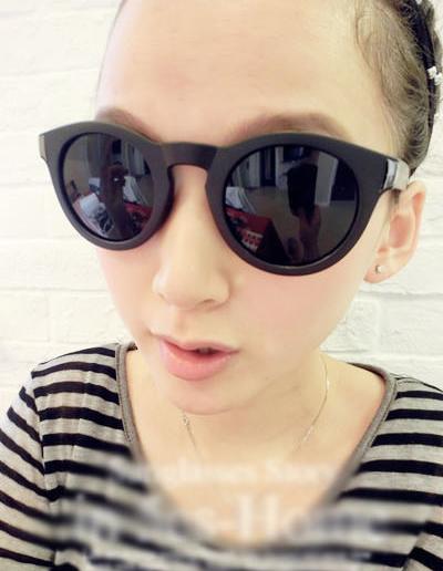 แว่นตากันแดดแฟชั่นเกาหลี กรอบวินเทจสีดำด้าน