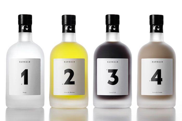 ไอเดียสำหรับการพิมพ์ สติ๊กเกอร์ฉลากสินค้า // สไตล์การออกแบบ ดีไซน์แบบเรียบๆ แต่มีสไตล์ ฉลากไว้ใช้สำหรับ แปะกับขวดไวน์,ขวดเหล้า,ขวดน้ำ