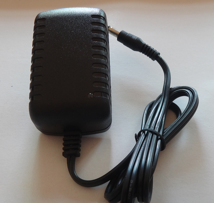 อแดปเตอร์ 12V 2A ขนาด 5.5x2.1mm ( DC Power adapter 12V 2A )