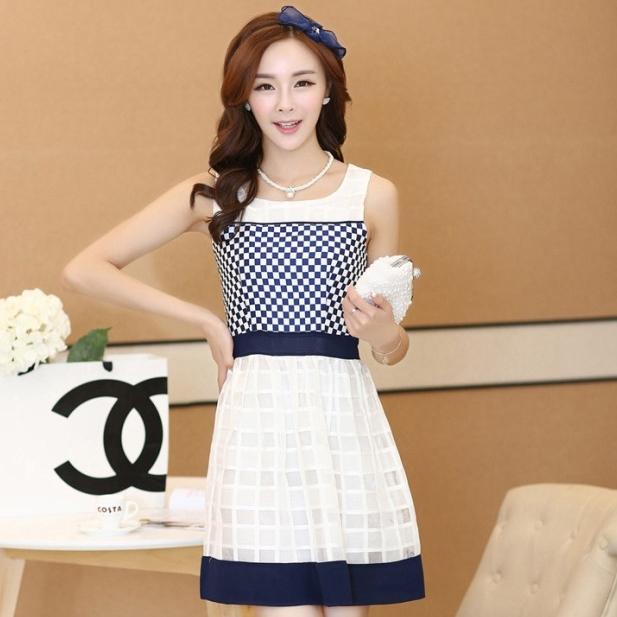 ชุดทำงานแฟชั่นเกาหลี มินิเดรสสวยๆ เดรสสั้นแขนกุด กระโปรงผ้าแก้ว สีกรมท่า ( S M L XL )