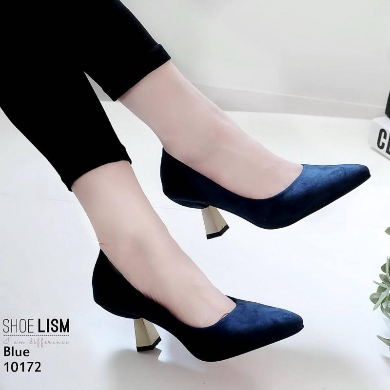 รองเท้าคัทชู ส้นเตี้ย หนังสักหราดแท้ หน้าเรียวสวยเรียบหรูสไตล์ปราด้า ส้นเหลี่ยมสวยเก๋ไม่เหมือนใคร หนังนิ่ม ทรงสวย สูงประมาณ 2 นิ้ว ใส่สบาย แมทสวยได้ทุกชุด (10172)