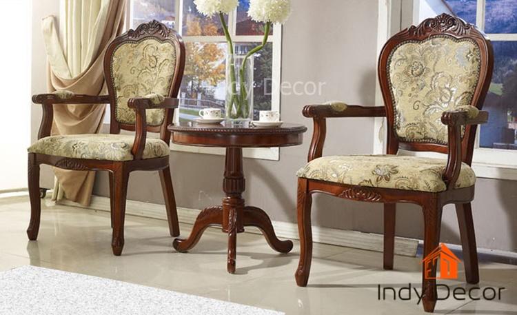 ชุดโต๊ะ+เก้าอี้หลุยส์ไม้แกะลาย มีท้าวแขน หุ้มผ้าลายดอก สีโอ๊ค