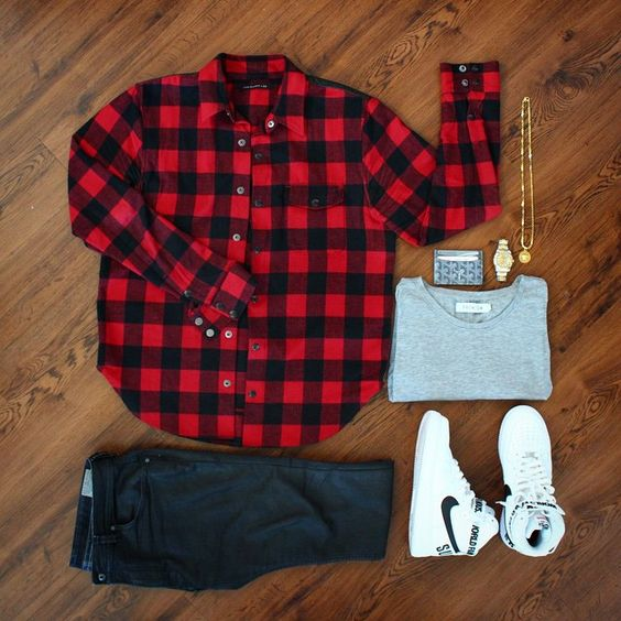 ฮิปฮอป แรพพเปอร์ กับเสื้อลายสก๊อตสีแดง