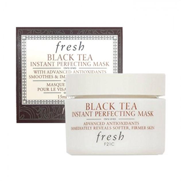 **พร้อมส่ง**Fresh Black Tea Instant Perfecting Mask ขนาดทดลอง 15ml. มาส์กชาดำ ที่ขึ้นชื่อว่ามันเป็นยาอายุวัฒนะ ให้ผิวแน่นกระชับ เนียนนุ่มอ่อนเยาว์ทันทีหลังจากใช้ ช่วยกระตุ้นการทำงานของเซลล์ผิว คืนความเนียนนุ่มชุ่มชื่น ปกป้องจากริ้วรอยแห่งวัย พร้อมปรับผิวห