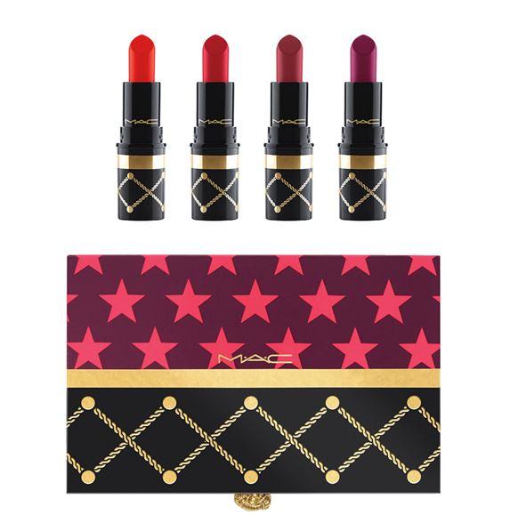 **พร้อมส่ง**M.A.C Nutcracker Sweet Red Lipstick Kit ชุดมินินิลิปสติกโทนสีแดงคลาสสิคผสมความเซ็กซี่มีรสนิยม 4 เฉดสี ที่ร้อยเรียงสีแคนดี้โทนแดงสุดเย้ายวน ชวนหลงมาพร้อมกับแพคเกจจิ้งสุดหวือหวาในแบบที่คุณไม่เคยเจอที่ไหนมาก่อน สนุกได้อย่างไร้ขีดจำกัด ,