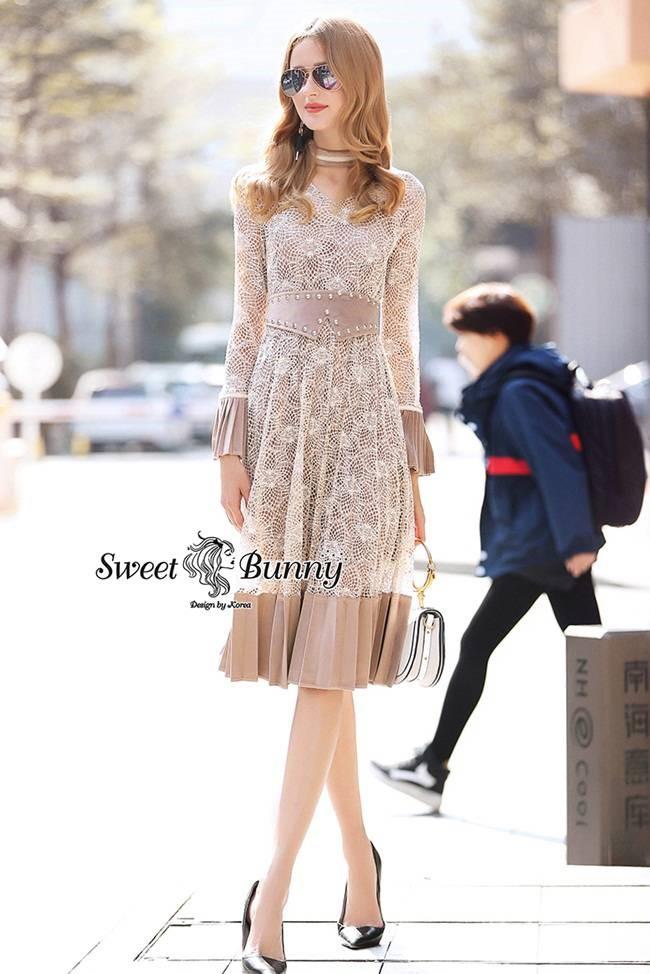 Sweet Bunny Present... Choker Lace Dress a With Velvet Belt