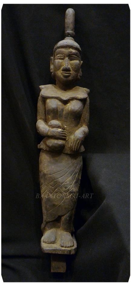ไม้แกะสลักประดับหัวเกวียนเก่า ศิลปะพม่า