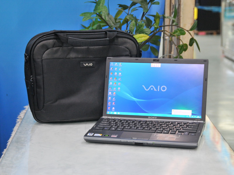 SONY Vaio Z46D Intel Core 2 Duo 2.8 GHz.