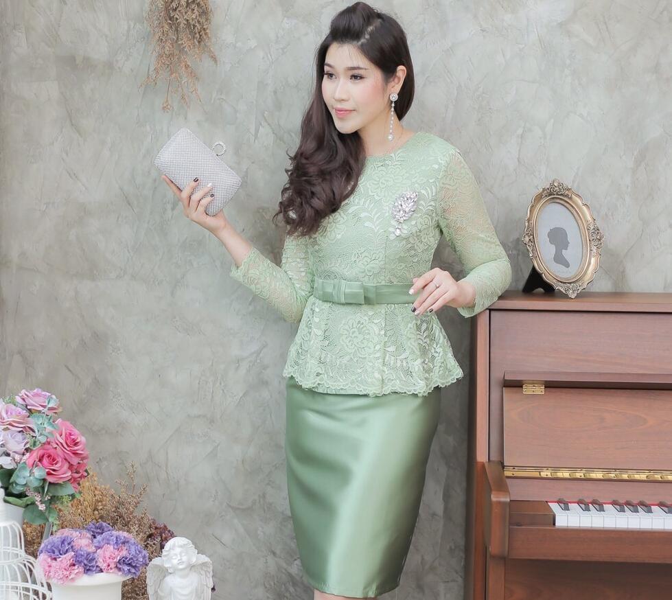 ชุดออกงานราตรีสั้นสีเขียว SET เสื้อ-กระโปรง แนวเรียบหรู สวยสง่า