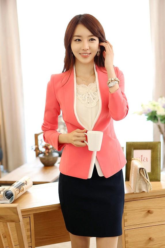 (สินค้าหมด) เสื้อสูทแฟชั่น เสื้อสูทผู้หญิง สีชมพู แขนยาว ด้านหน้าแต่งผ้าสีขาวไว้ด้านใน