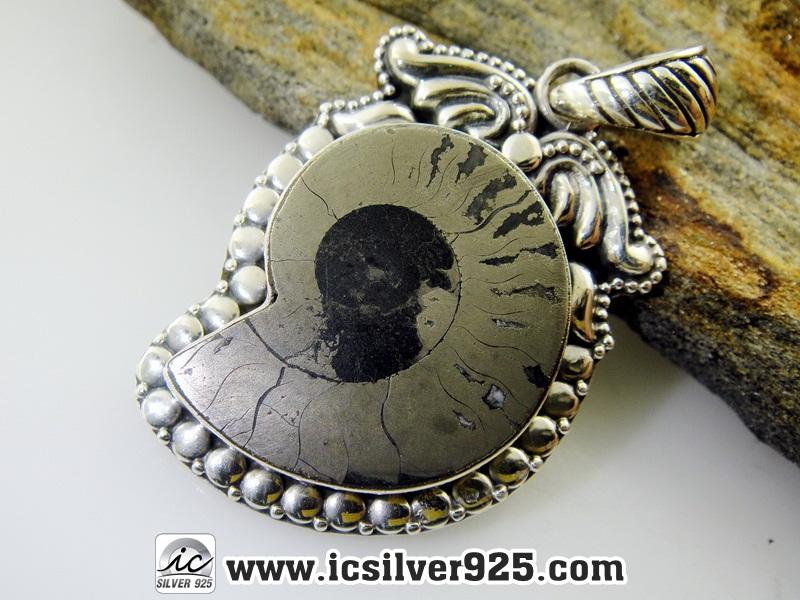 ไพไรต์แอมโมไนต์ Pyrite Ammonite-จี้เงินแท้ 925 (6.8g)