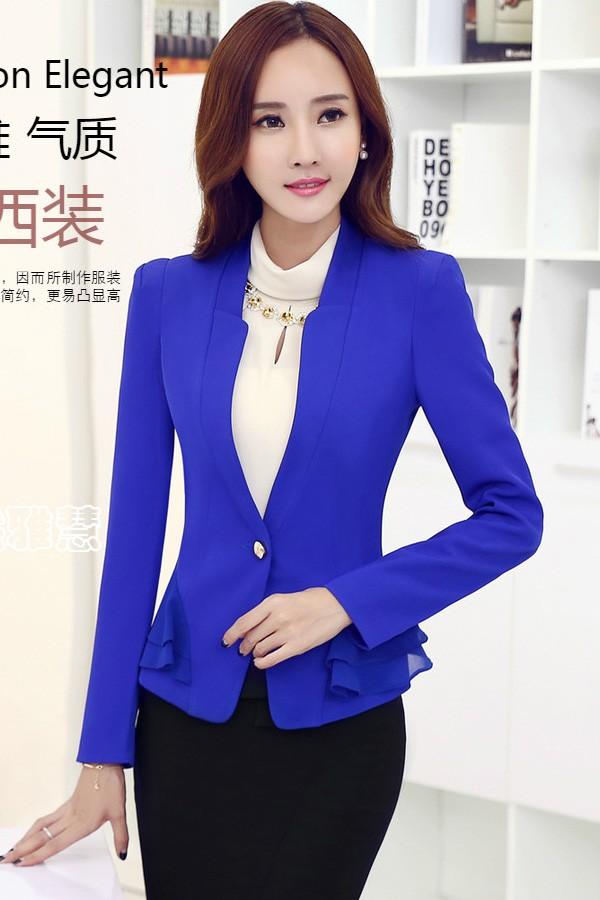 เสื้อสูทแฟชั่น เสื้อสูทผู้หญิง สีน้ำเงิน แขนยาว คอวีลึก ไหล่เสริมฟองน้ำ เข้ารูปช่วงเอว แต่งระบายด้วยผ้าชีฟองด้านข้าง
