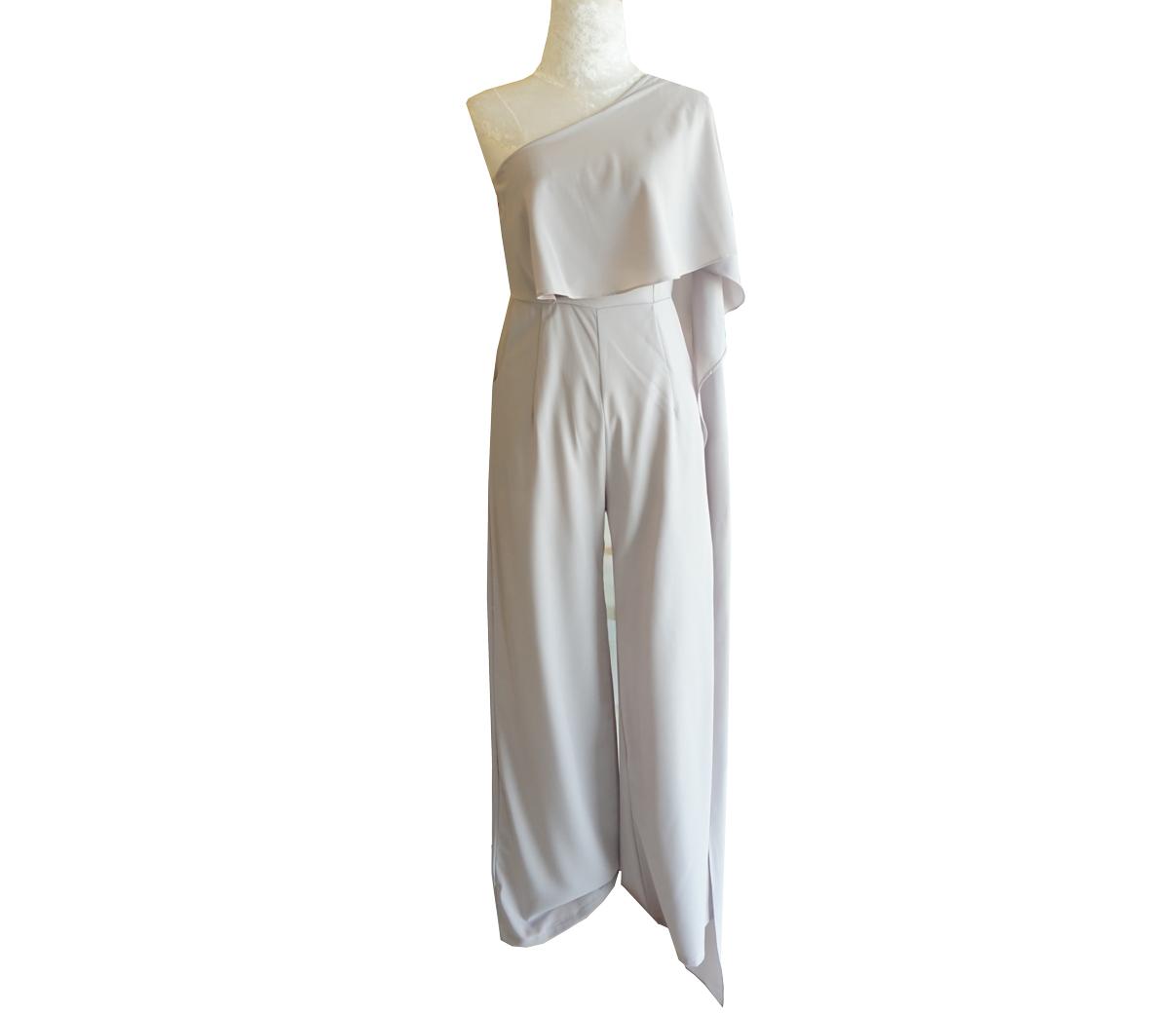 ชุดจั๊มสูทกางเกงขายาวสีเทา ไหล่เฉียงสไบข้าง : สินค้าพร้อมส่ง S M L