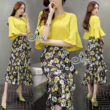 Lady Ribbon Online เสื้อผ้าแฟชั่นออนไลน์ขายส่ง เลดี้ริบบอนของแท้พร้อมส่ง sevy เสื้อผ้า SV04240716 &#x1F389Sevy Two Pieces Of Yellow Blouse With Flora Layer Skirt Sets