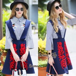 NA12290816 &#x1F389Normal Ally Present Embroidered skirt autumn new collection and striped shirt&#x1F389 (เสื้อเชิตริ้วปักการ์ตูน+ กป.ปักนูนลายกราฟฟิก, มีซับในอย่างดี)