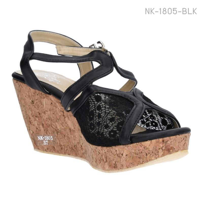 รองเท้าส้นเตารีดรัดส้น แต่งลายลูกไม้ (สีดำ )