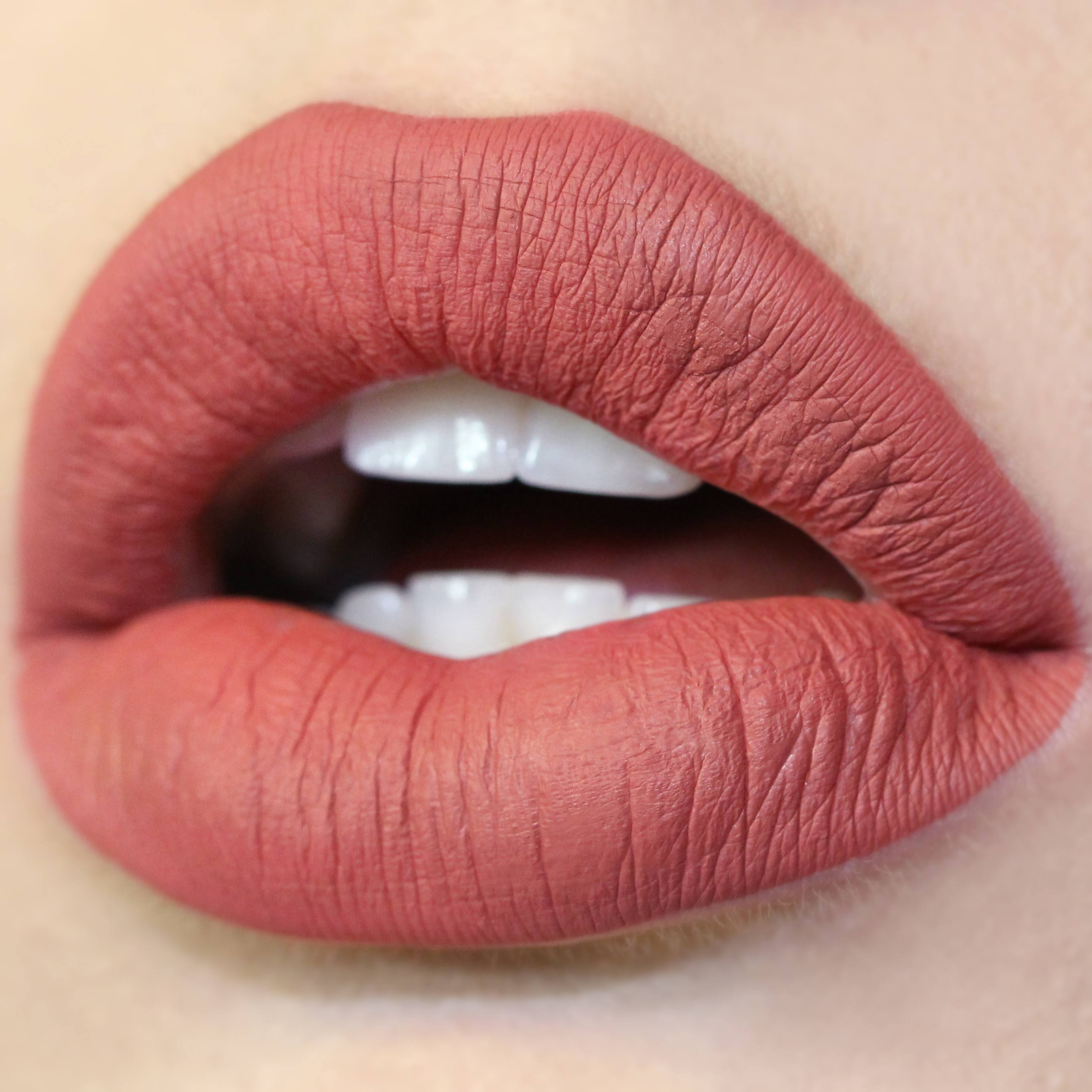 colourpop ultra matte lip สี bumble