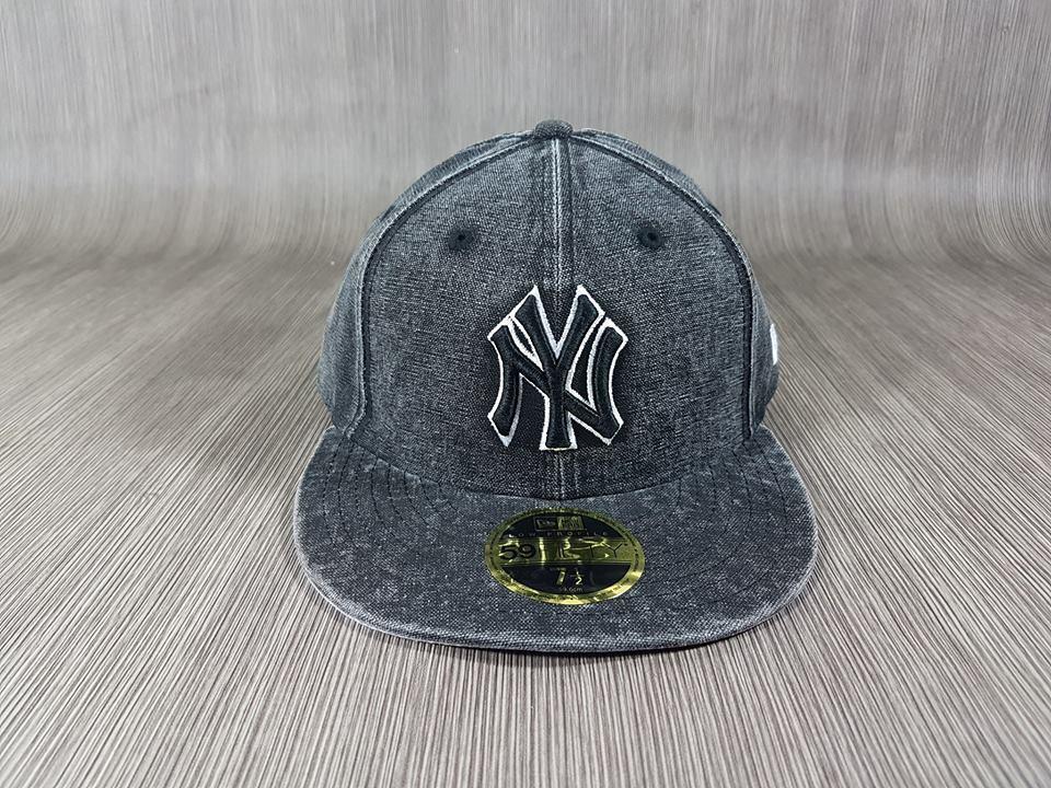 New Era NY Yankees รุ่น Bro ผ้ายีนส์ Low Profile 🎄Fitted ไซส์ 7 1/2 60.6cm