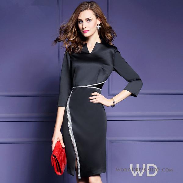 Preorder ชุดทำงาน สีดำ ผ้าซาติน แบบเก๋ แต่งแนวลูกไม้ช่วงเอวและหน้าขา มีไซส์ใญ่ S - 3XL