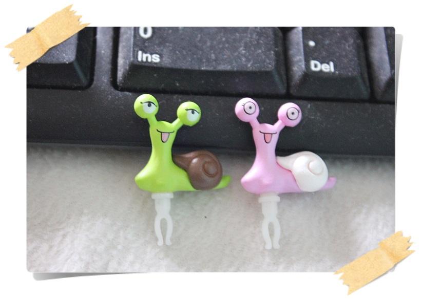 จุกกันฝุ่นมือถือ หอยทากน้อย Turbo สุดน่ารัก สำหรับเสียบกันฝุ่นรูหูฟังและเพื่อความสวยงามสำหรับ iphone samsung htc oppo lg sony nokia asus หรือมือถือที่มีหูฟังขนาด 3.5 มม. / 3.5mm. Anti Dust Earphone Cap Jack Plug