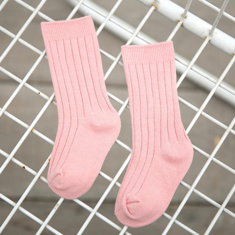 ถุงเท้ายาว สีชมพู แพ็ค 12 คู่ ไซส์ L (อายุประมาณ 6-8 ปี)