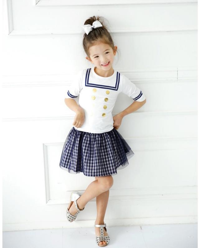 เสื้อ+กระโปรง สีขาว แพ็ค 5ชุด ไซส์ 100-110-120-130-140