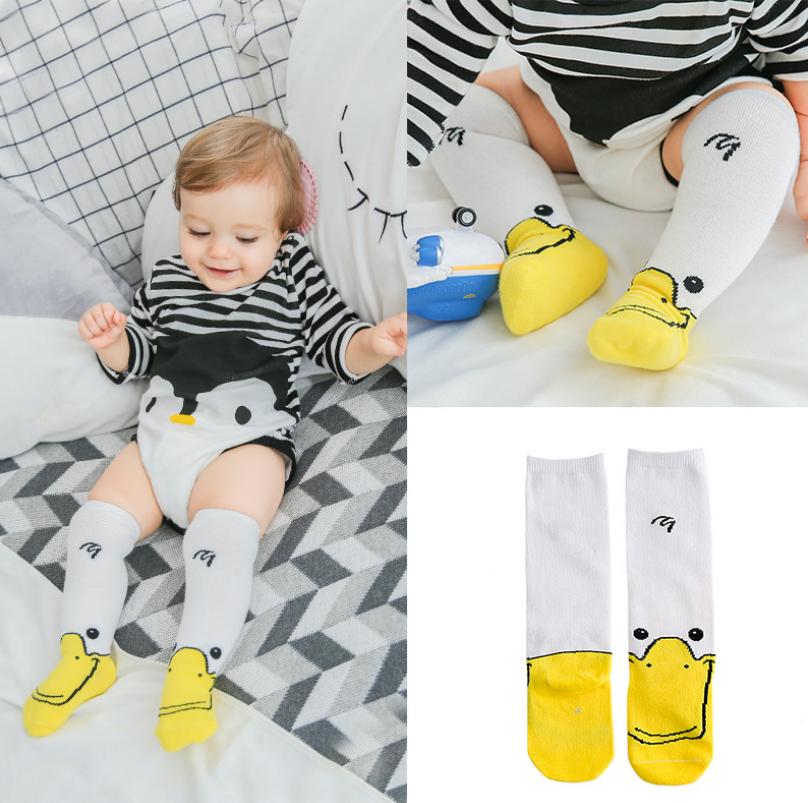 ถุงเท้ายาว แพ็ค 10 คู่ ไซส์ S (อายุประมาณ 0-1 ปี)
