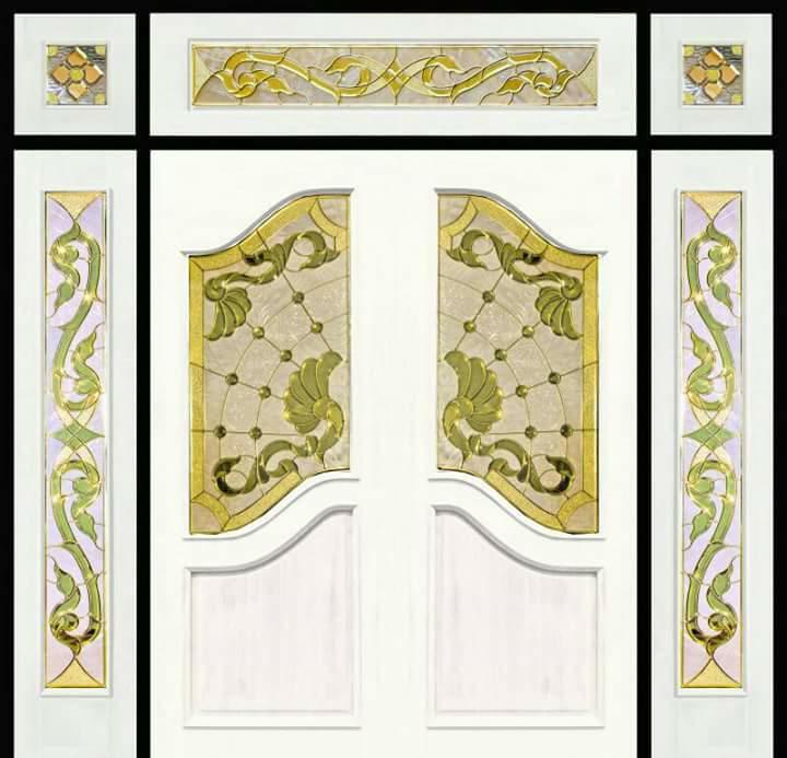 กระจกนิรภัยสเตนกลาส, ประตูไม้สัก รหัส G57
