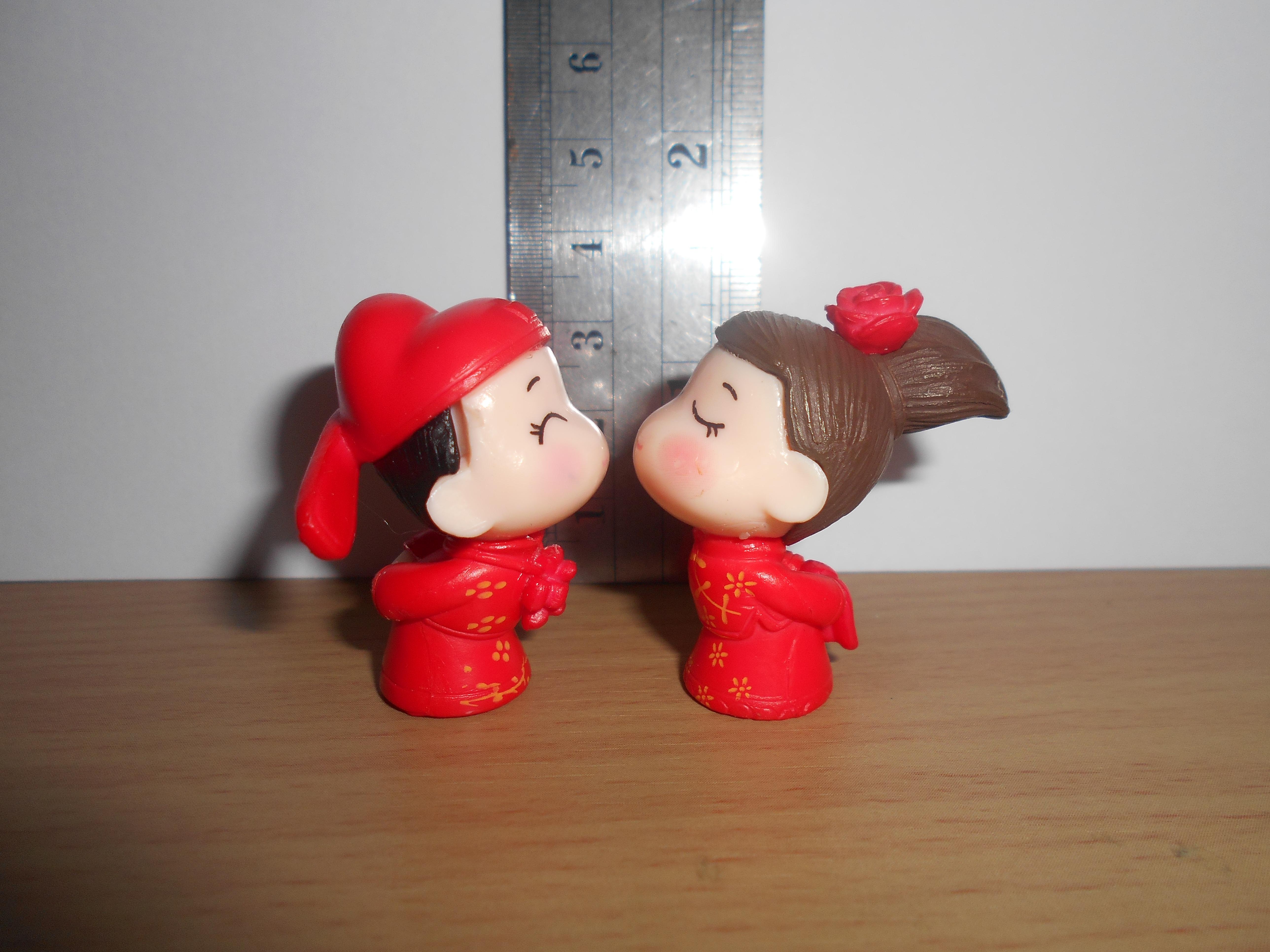 ตุ๊กตาจิ๋วแต่งงาน คู่สีแดง