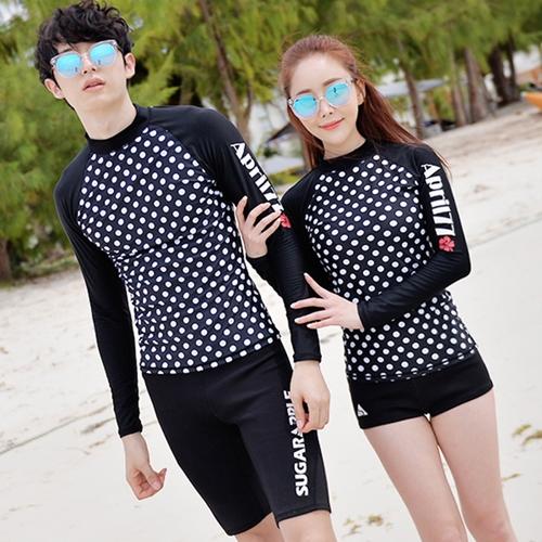 [พร้อมส่ง]BKN-798 ชุดว่ายน้ำแขนยาวสีดำลายจุดขาว แขนสกรีนลาย (เสื้อ+กางเกง) ผู้หญิง