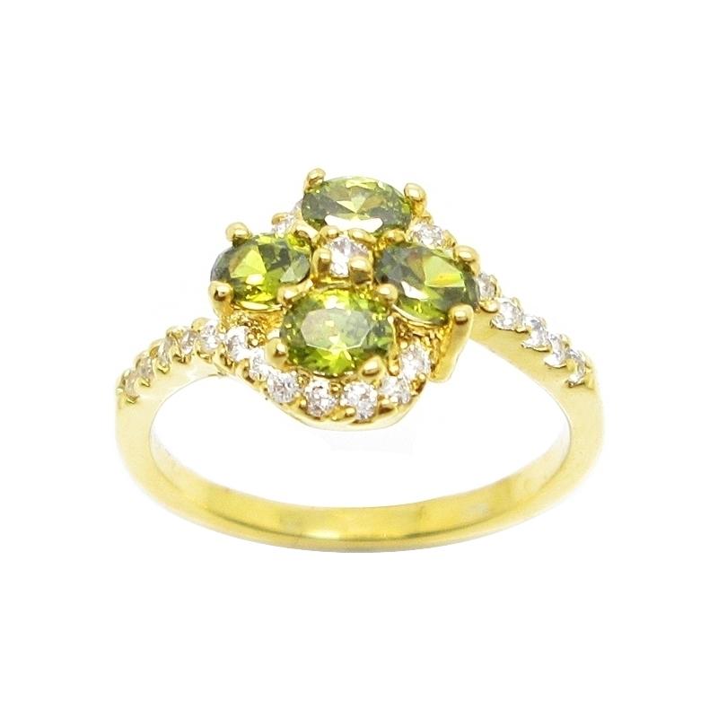 แหวนดอกไม้พลอยสีเขียวส่องประดับเพชรชุบทอง