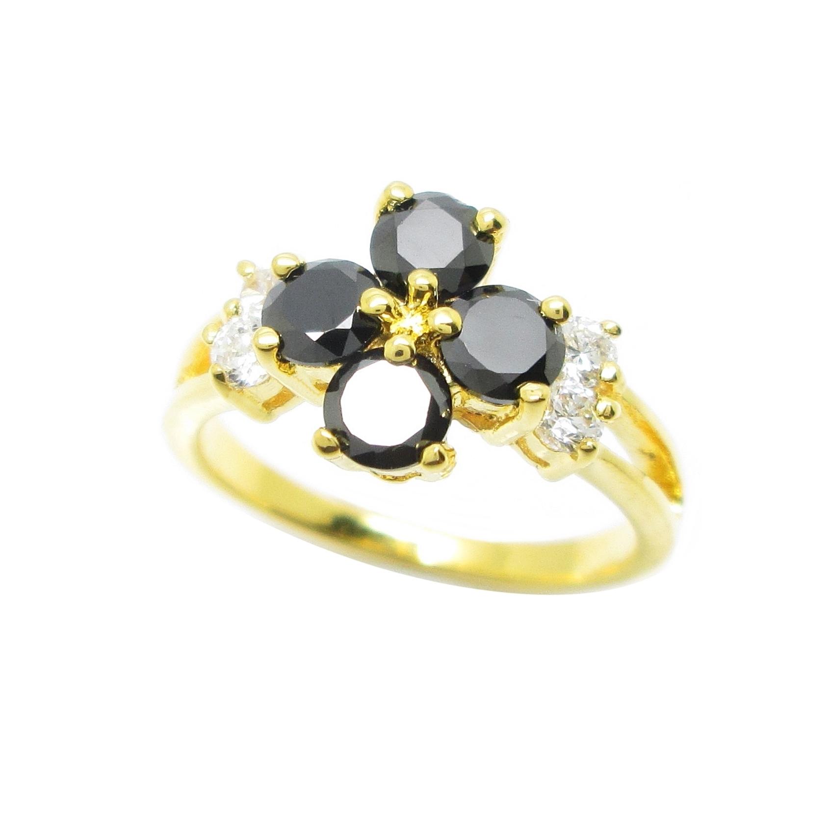 แหวนดอกไม้พลอยสีนิลประดับเพชรข้างชุบทอง