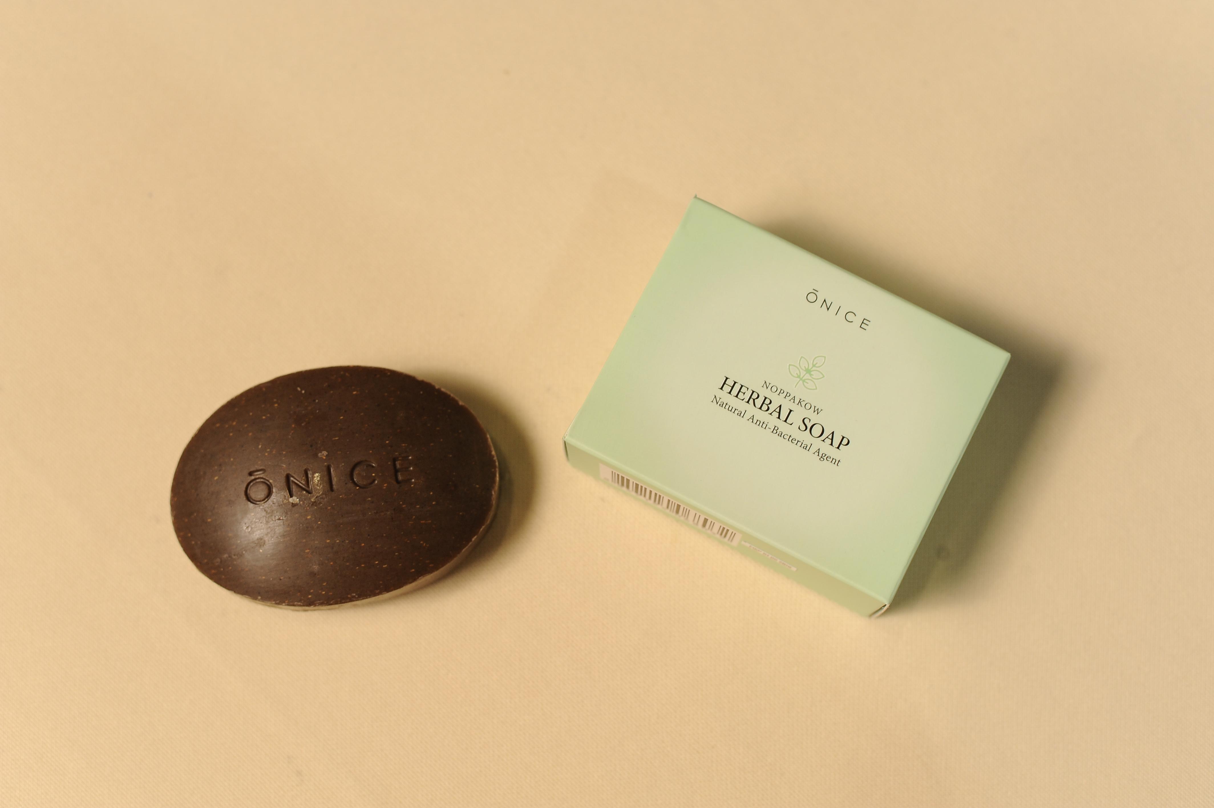 E00021 Onice NOPPAKOW HERBAL SOAP