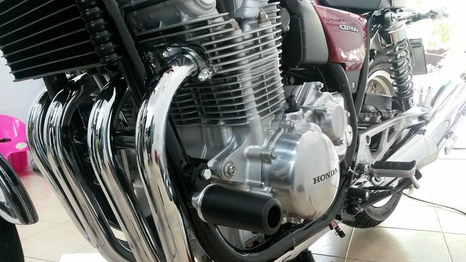 กันล้มข้าง Honda CB1100