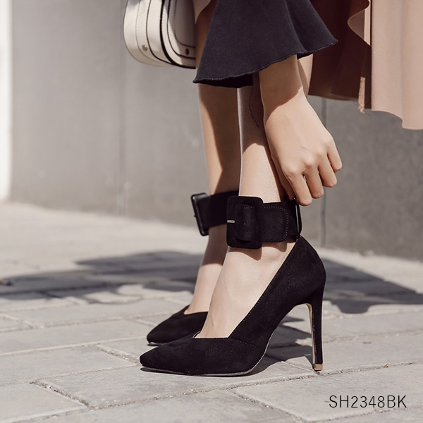(พร้อมส่ง) รองเท้าคัทชู ส้นสูง แฟชั่น ราคาถูก มีไซด์ 35