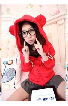 เสื้อกันหนาว น้องหมี สุดน่ารัก ผ้านุ่มนิ่ม ฮิตสุดๆ สีแดงสดใส พร้อมส่งทันที