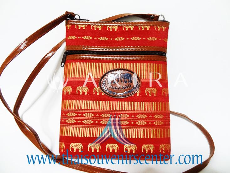 ของฝากจากไทย กระเป๋าสะพายลายช้างสายหนัง แบบ 8 สีแดง