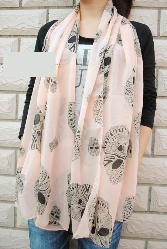 ผ้าพันคอชีฟอง ลายหัวกระโหลกสีชมพู ( รหัส P19 )