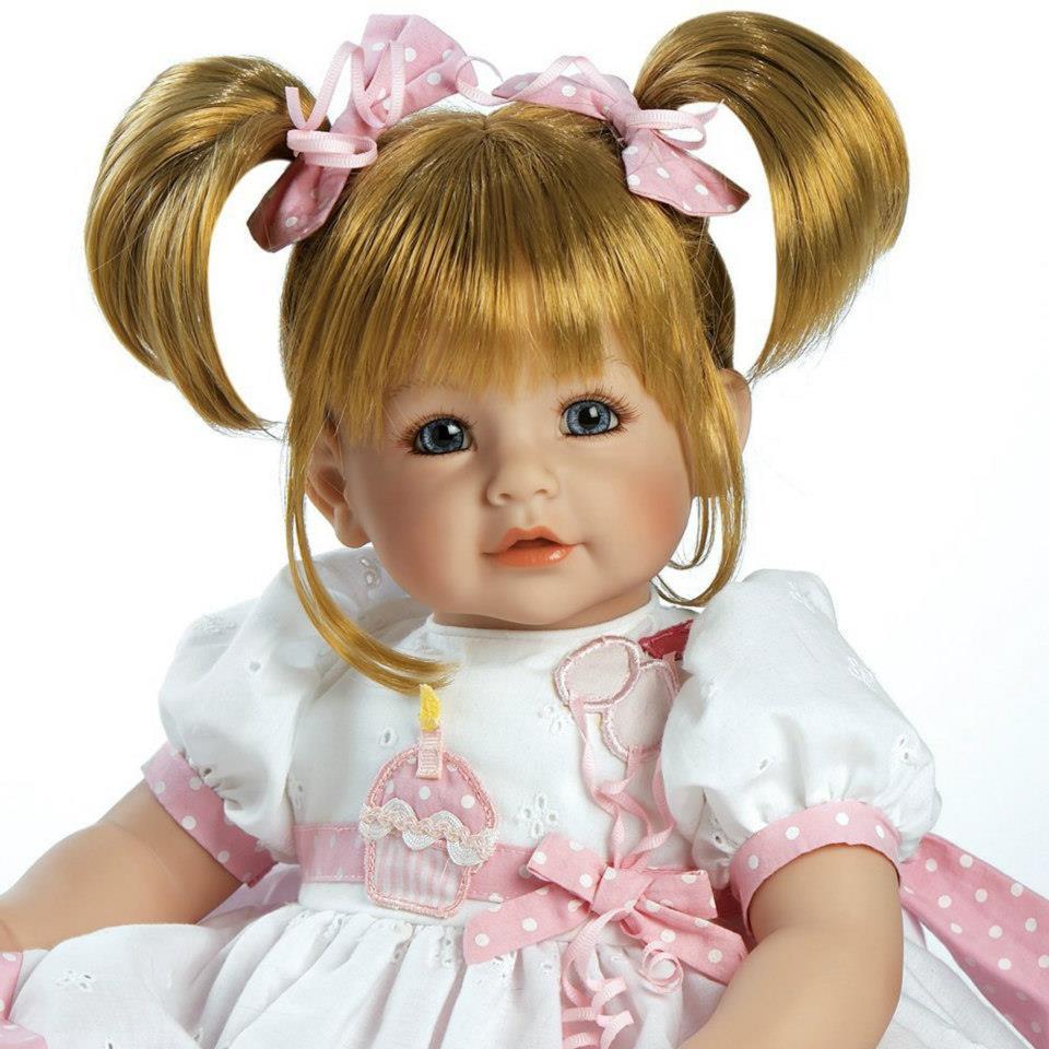 ตุ๊กตาอโดรา / Happy Birthday