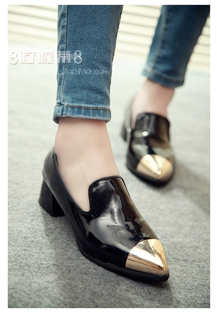 Pre Order - รองเท้าแฟชั่น ของสาวทันสมัย ส้นเตี้ย ใส่สบาย