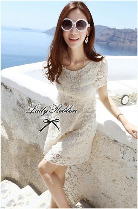 Lady Ribbon Sweet Honey Lace Dress เดรสผ้าลูกไม้ลายดอกสีขาว